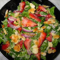 Strawberry Spinach Salad With Creamy Raspberry Dressing