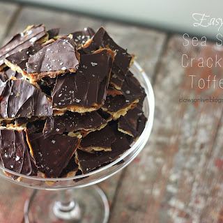 Easy Cracker Toffee