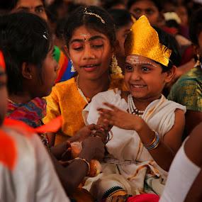 Excitement by Rajeev Ganesan - Babies & Children Children Candids ( child, excitement, alagumalai, icat, candid, muruga, portraits, tiruppur )