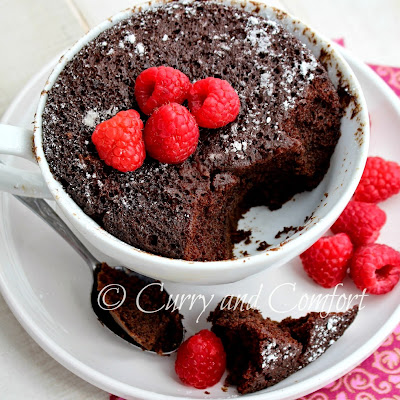 2 Minute Chocolate Mug Microwave Cake
