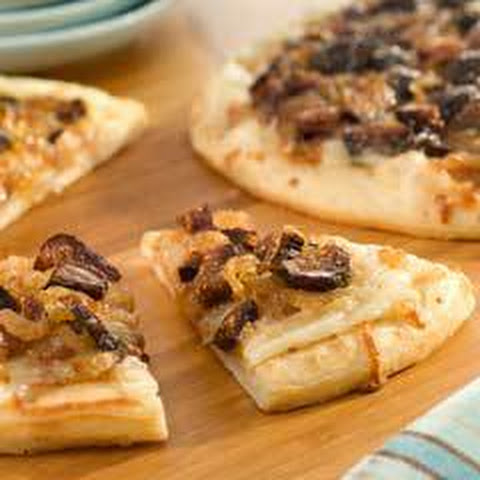 Caramelized Onion & Fig Mini Pizzas