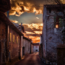 Sunset Dicembre by Luigi Esposito - Buildings & Architecture Homes ( clouds, sunset, house, architecture, sun )