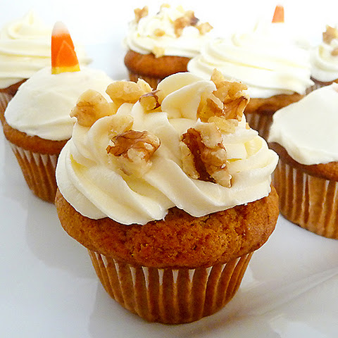 Carrot Cake Cupcakes for Easter|Buttermilk Glaze|Cream Cheese Frosting ...