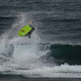 Invert to by Alfredo Peixoto - Sports & Fitness Surfing