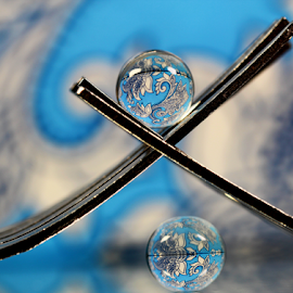 by Dipali S - Artistic Objects Other Objects ( abstract, fork, reflection, pattern, artistic, spheres, refraction )