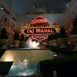 Hotel Taj Mahal; Atlantic City; USA by Thakkar Mj - Buildings & Architecture Office Buildings & Hotels ( taj mahal, atlantic city, casino, hotel, usa )