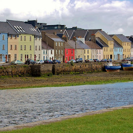 Galway, Ireland at Low Tide by Jim Czech - City,  Street & Park  Vistas ( shore, houses, ireland, river corrib, galway, low tide, rivers, city,  )