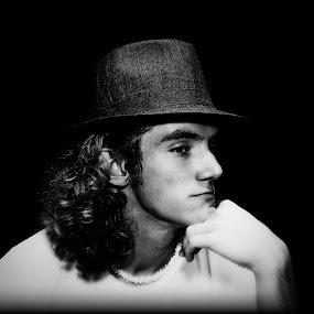 Top hat by Pablo Barilari - People Portraits of Men ( young man, portrait, man, hat )