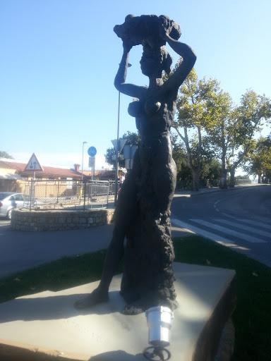 Koper Lady Statue