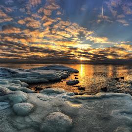 by Richard  Harris - Landscapes Weather ( helsinki, finland, uunisaari )