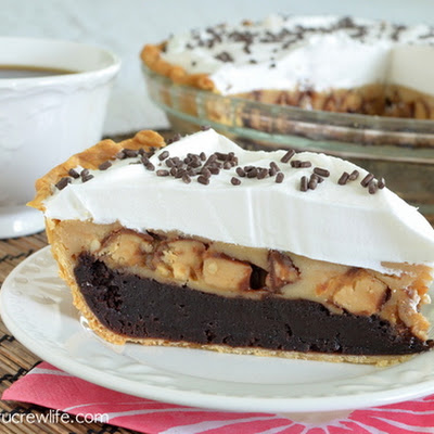 Peanut Butter Snickers Cheesecake Brownie Pie