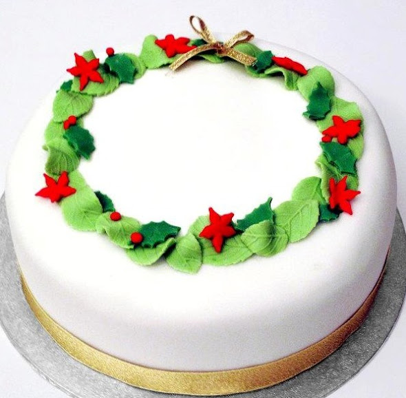 Edible Christmas Cake Decorating Recipes : Christmas Cake decorating by Rock Bakehouse - Edible ...