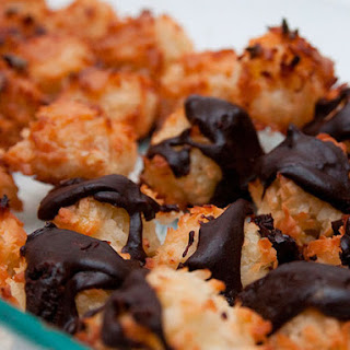 Coconut Macaroons with Salted Caramel