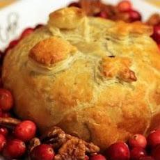 Cranberry Pecan Brie en Croute Recipe | Yummly