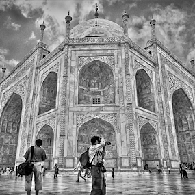 Taj Mahal by Kallol Bhattacharjee - Black & White Buildings & Architecture ( structure, detail, black and white, taj mahal, photography,  )