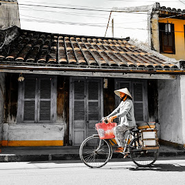 Hoi An noon. by Indochina Charm - City,  Street & Park  Street Scenes
