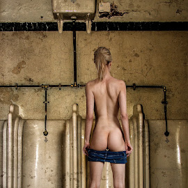 Dirty by Mike Lloyd - Nudes & Boudoir Artistic Nude ( girl, nude, washroom, toilet, dirty )