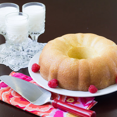 Old Fashioned Hot Milk Cake