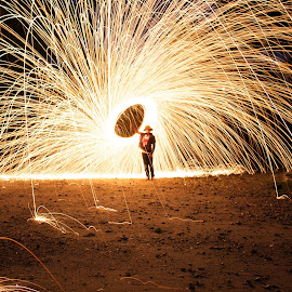 by James Lynch - Abstract Fire & Fireworks (  )