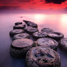 the stones by Dedy Indrawan - Landscapes Sunsets & Sunrises ( sunset, beach, sunrise, landscape )