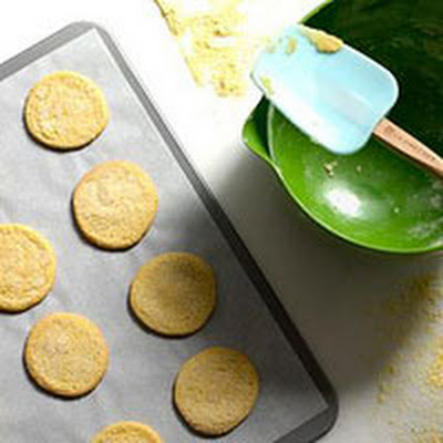 Cinnamon Cornmeal Wafers