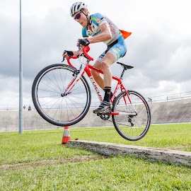JUMPING MAD by Joshua Nicholson - Sports & Fitness Cycling