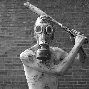 Zombie Killer by Paul Hopkins - Public Holidays Halloween (  )