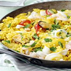 GRAND CENTRAL OYSTER BAR BROOKLYN'S SEAFOOD PAELLA RECIPE, FRESH INGREDIENTS AVAILABLE DAILY AT RETAIL MARKET