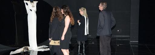 """פתיחת התערוכה """"תופרי החלומות"""" – מכבדים את נבחרת החלומות של עולם האופנה"""