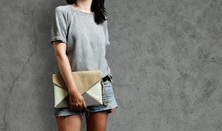 Nên mua túi xách nào hoàn hảo đúng kiểu công sở ?
