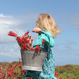 Around the flowers by Naomi Pienaar - Babies & Children Child Portraits