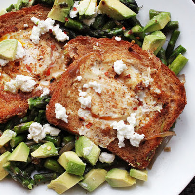 Skillet Egg-in-a-Hole with Avocado, Asparagus, and Feta