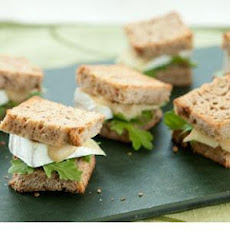 Mini Brie and Arugula Sandwiches with Apple Mustard
