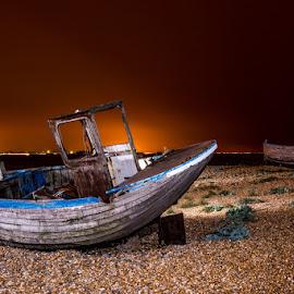 Abandoned by Sergiusz Rydosz - Transportation Boats ( night )