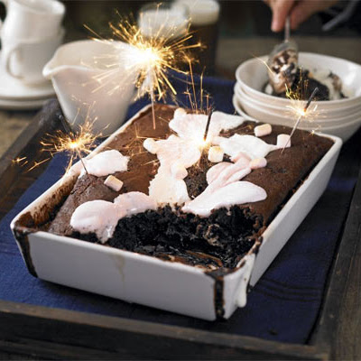 Sticky Chocolate Pudding With Marshmallows