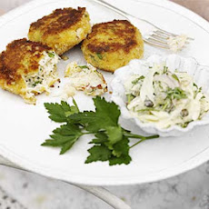 Simple Crab Cakes With Fennel Remoulade