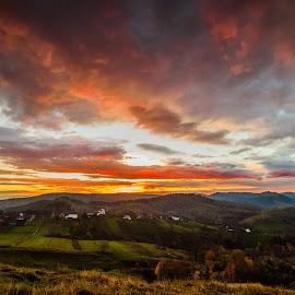 In Bucovina, sunrise by Ionel Lupu - Landscapes Sunsets & Sunrises ( plesa, romania, sunrise, bucovina )