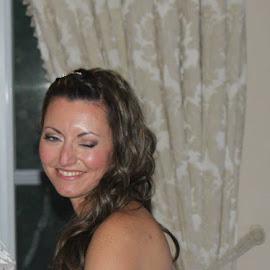 J'ai surpris la mariée dans un échange coquin avec le marié by Marcel De Voyer - Wedding Bride