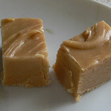 Peanut Butter 'n' Fudge Filled Bars