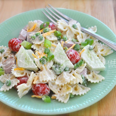 Smoked Ham and Veggies Pasta Salad