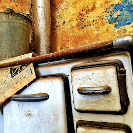 Left to rotten by Jure Bebic - Artistic Objects Antiques