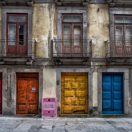 Portas colorada by Guy Gillade - Buildings & Architecture Decaying & Abandoned