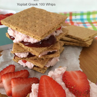 Graham Cracker Stackers with Yoplait Greek 100 Whips!