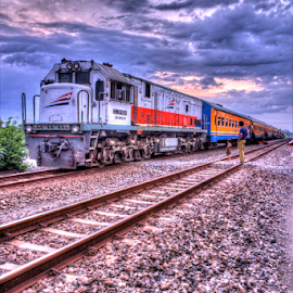 stop the train by Kresna Putra - Transportation Trains