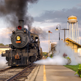 SOU # 401 @ Monticello,Illinois by Adam McHone - Transportation Trains