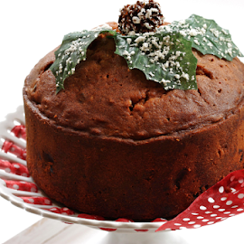 Christmas Fruit Cake by Vrinda Mahesh - Food & Drink Candy & Dessert ( desserts, plum cakes, christmas, kerala, rum cakes, christmas cakes.fruit cakes, dried fruits, caramel cake, kerala plum cake, cakes, raisins, baking, caramel )