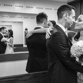 reflections by Mauro Locatelli - Wedding Bride & Groom ( bouquet, black and white, wedding, reflections, bride and groom )