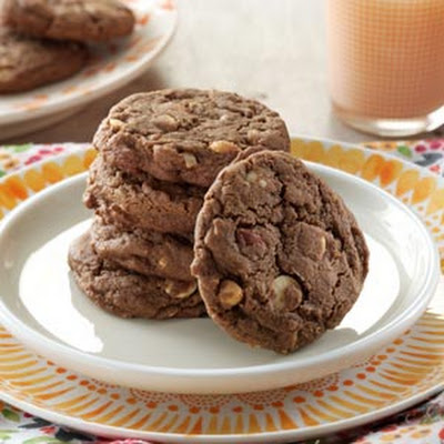 Chocolate Nut Cookies
