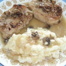 Slow Cook Down Home Pork Chops and Gravy