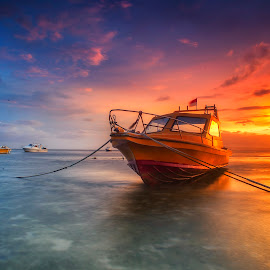 :: BERLABUH :: by Bayu Adnyana - Transportation Boats ( bali, semawang, boats, sunrise, beach, morning, boat )